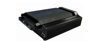 8路3G车载硬盘录像机LT-3G-9308-3G